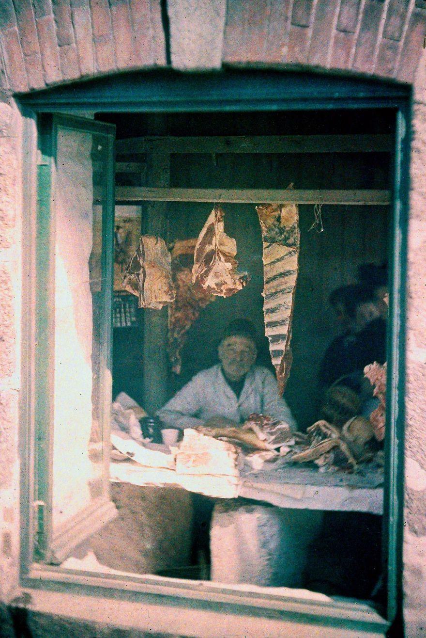 The Butcher's Shop, 1915