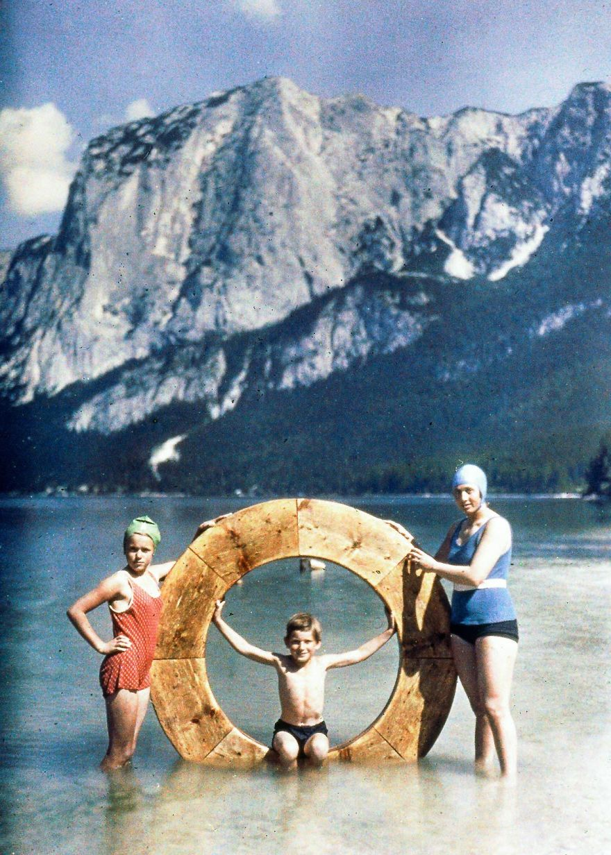 The Family At The Lake, 1925