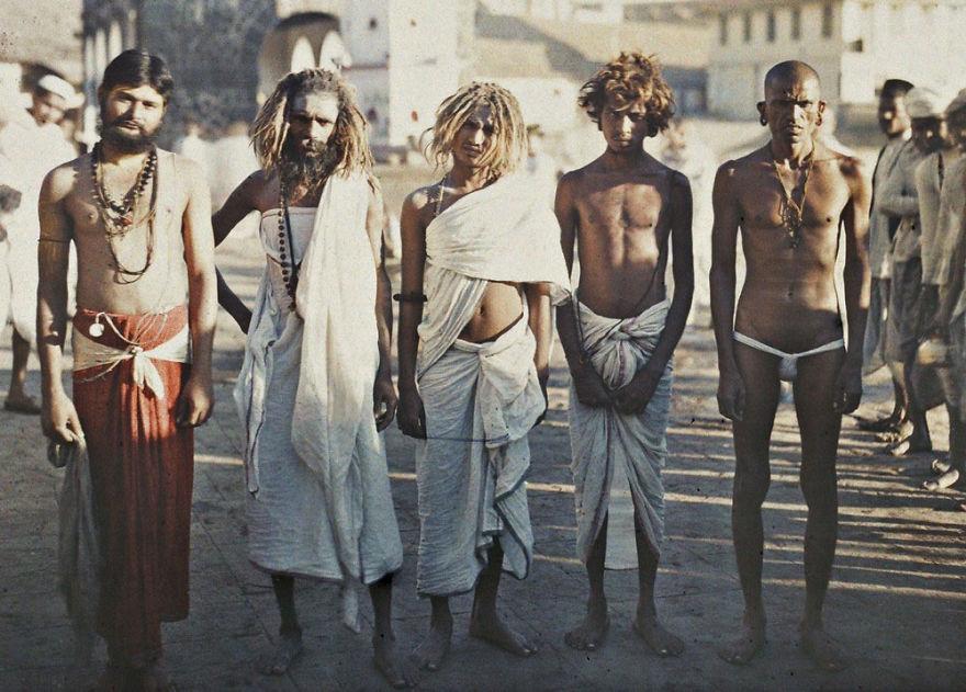 India, Bombay (Sadus), 1913