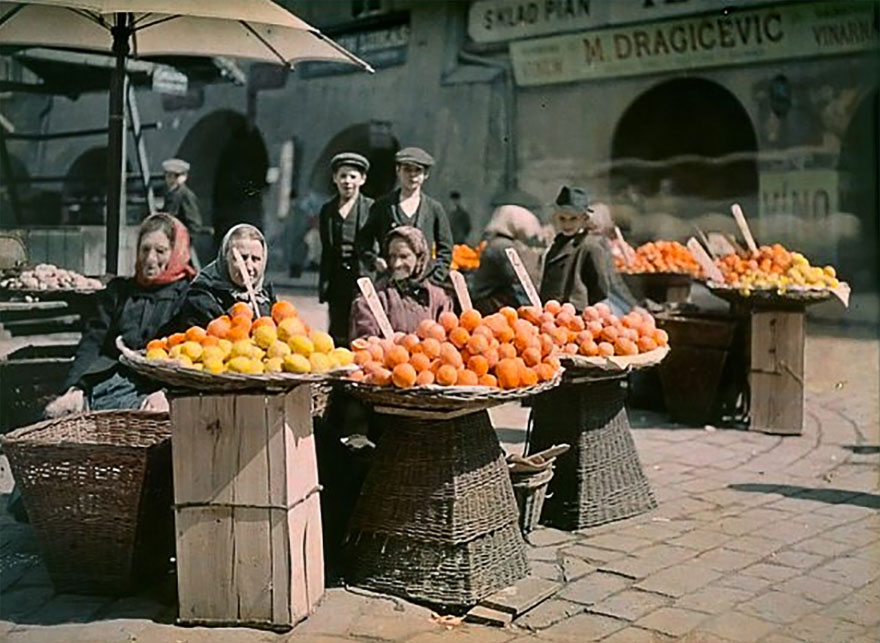 """Oranges In Uhlený Trh (""""coal Market Square""""), Prague, 1910"""