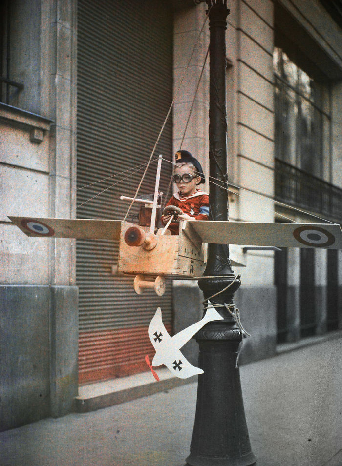 The Grenata Street Army, 1915