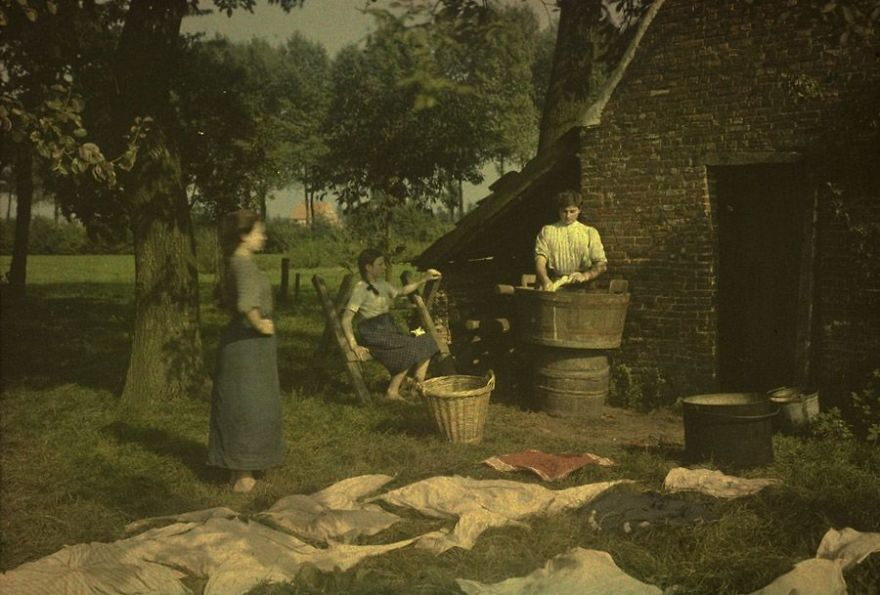 Washing And Bleaching, 1912