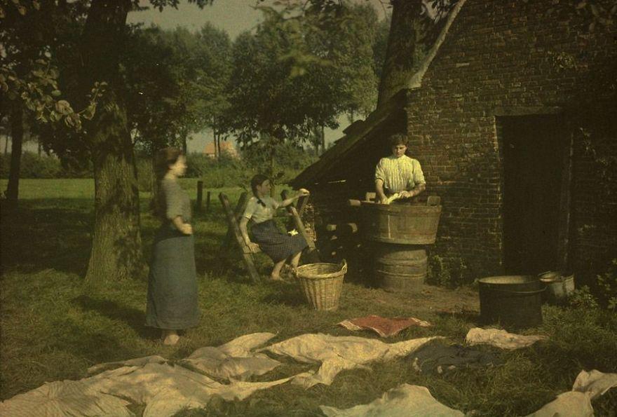 Washing And Bleaching, 1912
