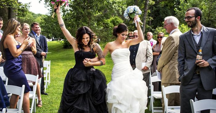 10 Emotional Same Sex Wedding Pics That Will Hit You Right In Your Soft Spot