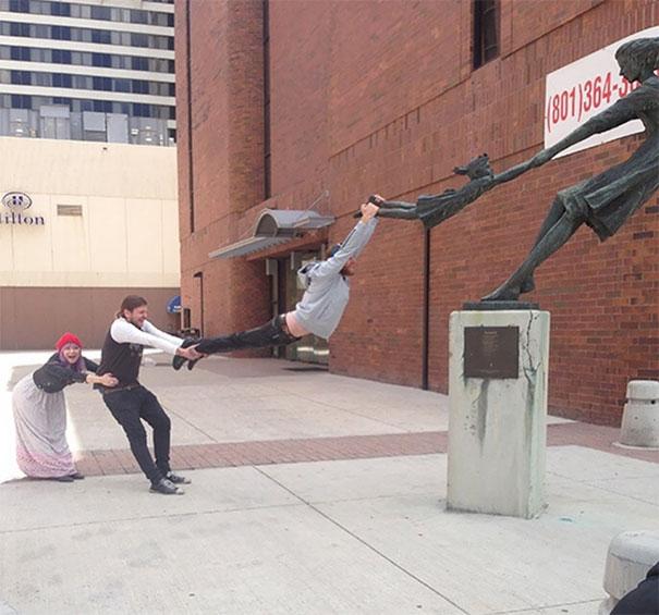 Damn Statue