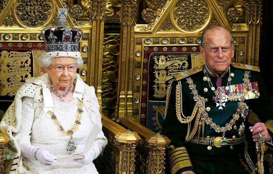 queen-speech-brexit-trolling-prime-minister-united-kingdom-27