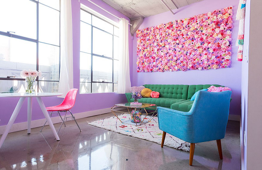 This Woman Has The Most Colorful Apartment You\'ve Ever Seen ...