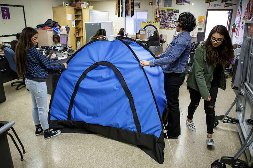 solar-powered-tent-invention-homeless-teen-girls-21