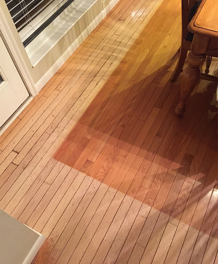 My Parents Moved A Rug For The First Time In Years. This Is What 16 Years Of Sunlight Does To Your Hardwood Floors