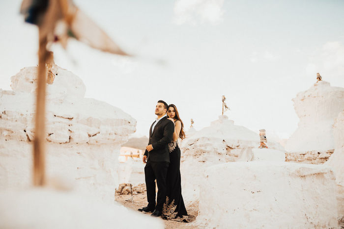 A Week Long Engagement Photo Shoot In Ladakh, India