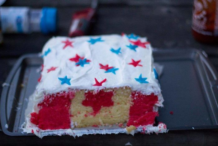 I Made A Cake For A Fourth Of July Party But, As A Canadian, I Couldn't Resist A Little Cake Trolling