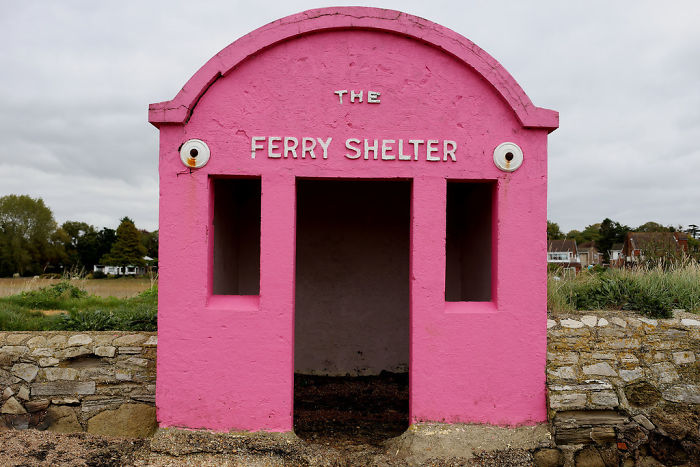 Hamble-warsash Ferry Shelter In Hampshire, UK