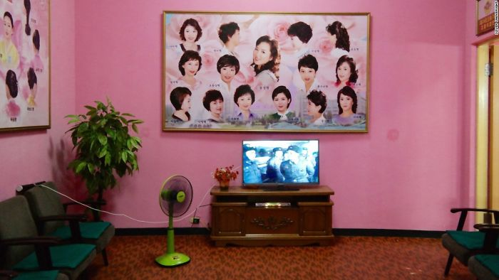 Beauty Salon Waiting Area In North Korea