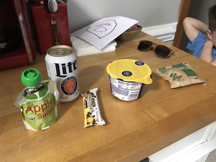 Mi hijo de 4 años me ha preparado este almuerzo para llevarme a trabajar