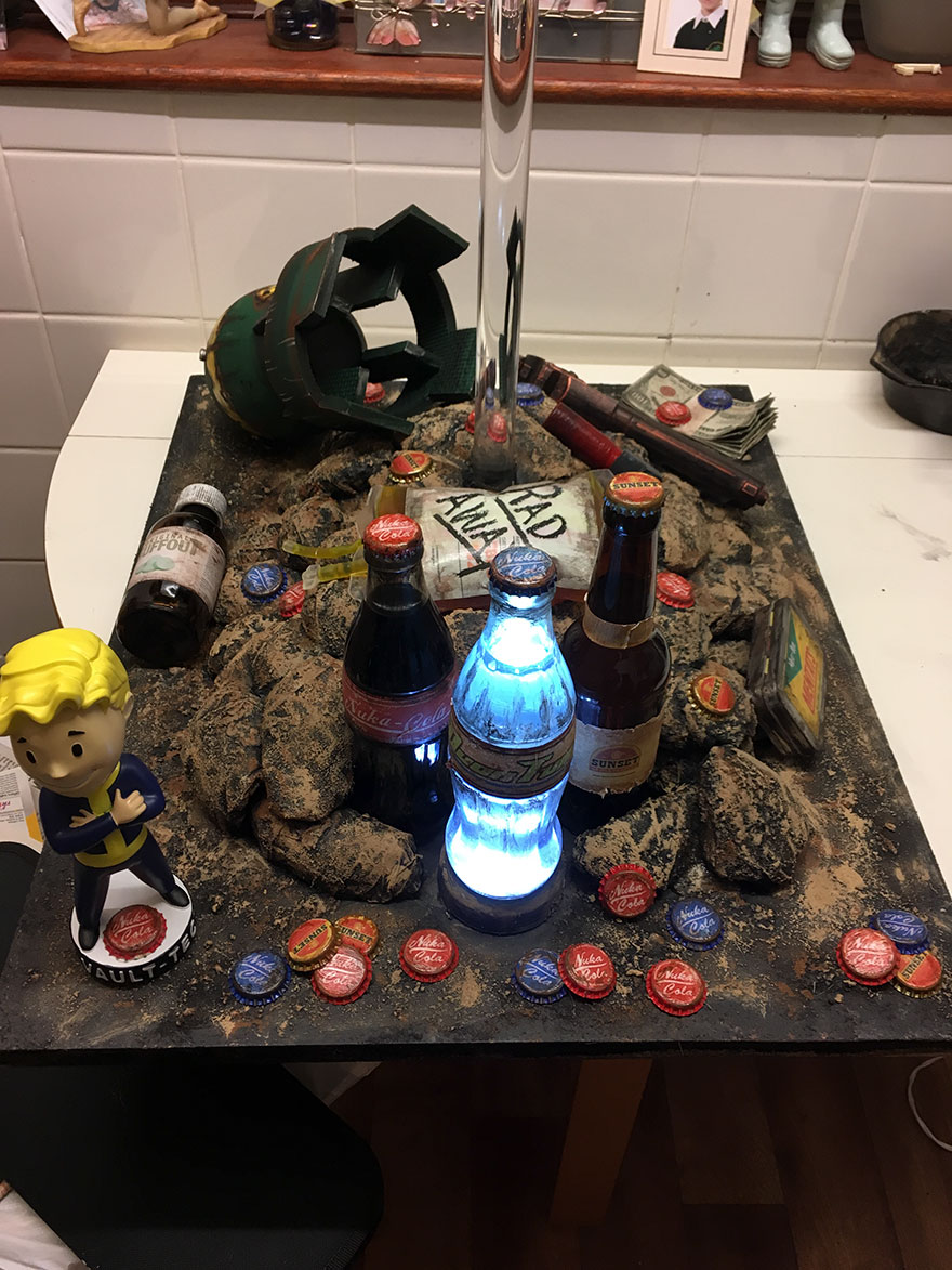 i made a prop display based on my favorite game fallout bored panda