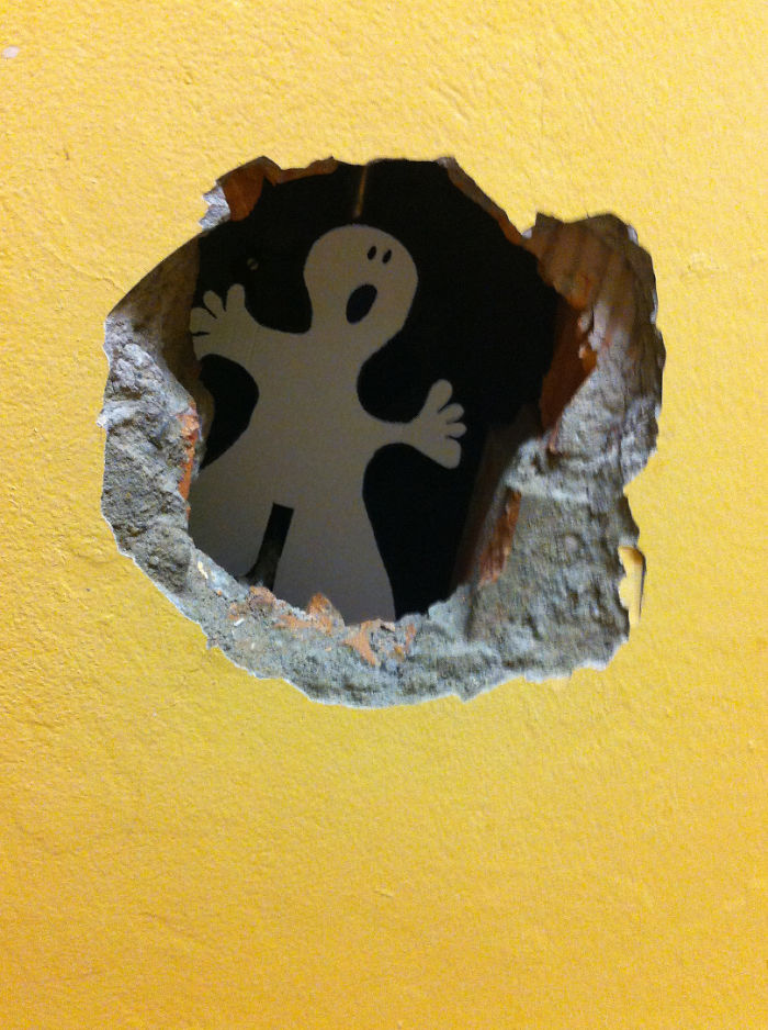 Ghost In The Hole