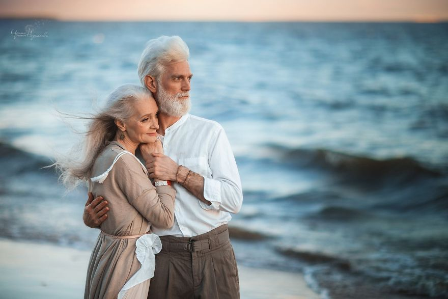 Image of: Pictures Anyone Can Write On Bored Pandastart Writing Bored Panda Russian Photographer Captures Beautiful Elderly Couple To Show That