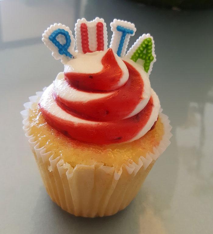 funny-mexican-neighbor-cake-4
