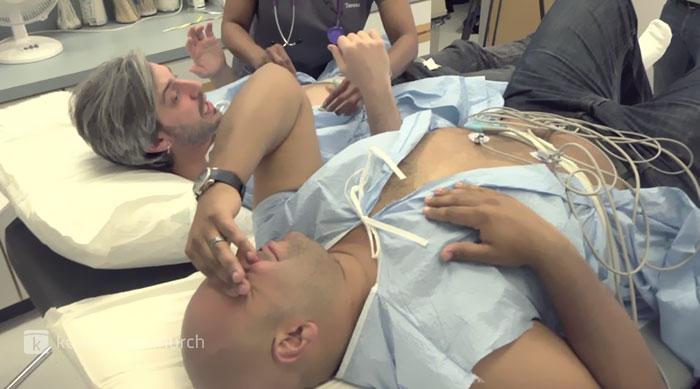 labor-pain-simulation-two-husband-2
