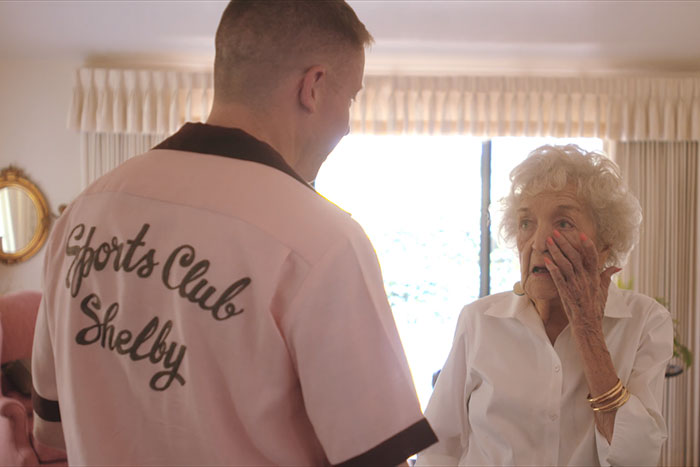 The internet is in love with macklemore s gift to his for What to get grandma for her birthday