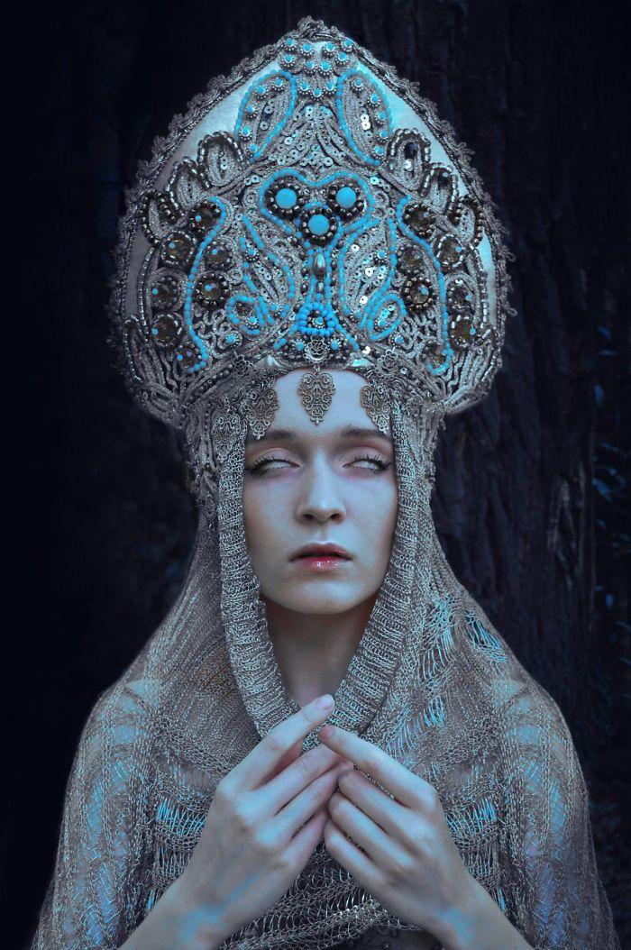 http://static.boredpanda.com/blog/wp-content/uploads/2017/07/pagan-slav-culture-photography-marcin-nagraba-angieszka-osipa-5-597847bf95eeb__700.jpg