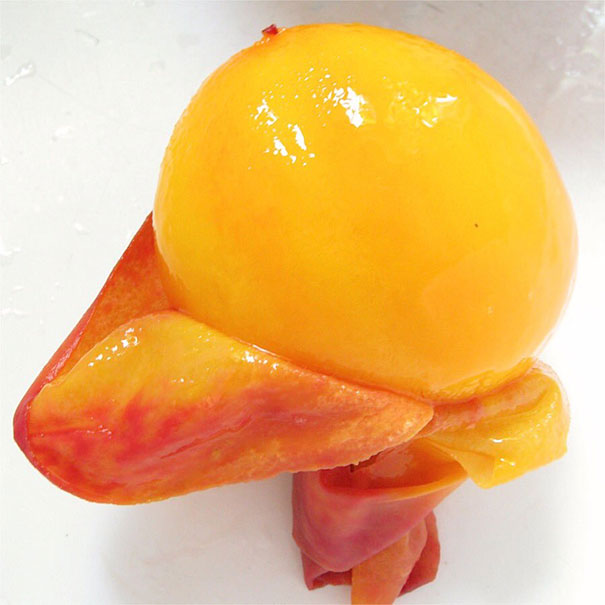 This Is What A Peeled Peach Looks Like