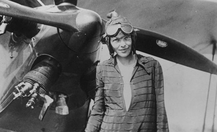 Internet Is Freaking Out About This Newly Discovered Photo That Shows Amelia Earhart Survived Her Crash