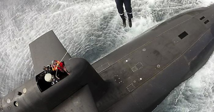French President Macron Casually Lands On Nuclear Submarine Like James Bond, And Internet Can't Handle It