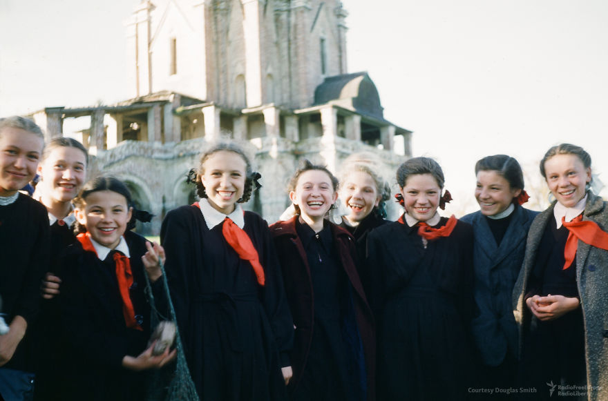 Schoolgirls At Kolomenskoye, A Former Royal Estate In The South Of Moscow