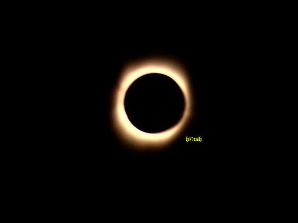 07-Totality-599df6b8c4e29.jpg