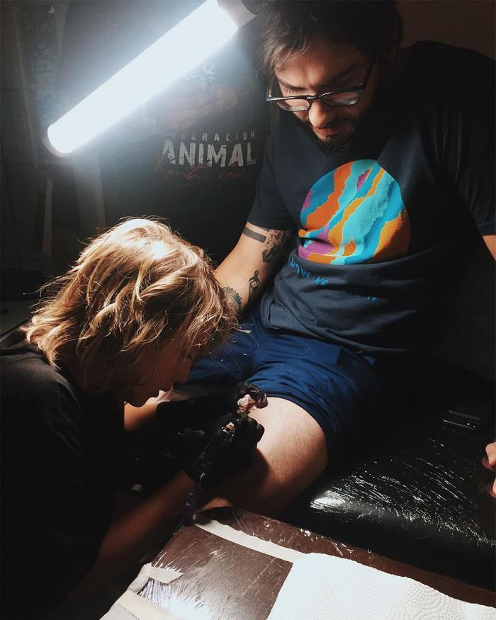 12-year-old-tattoo-artist-ezrah-the-shark-dormon-5