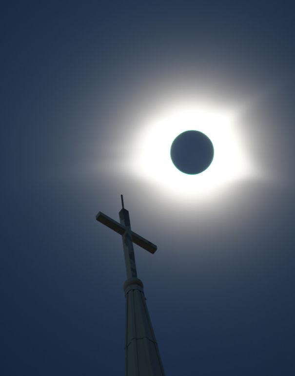 17Eclipse-599d9c3351be0.jpg