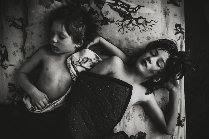 Comfort By Jennifer Kapala, Canada (1st Place In The Documentary & Street Category)