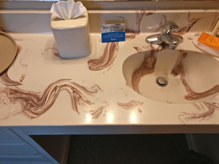 This Counter Looks Like Someone Smeared Shit On It