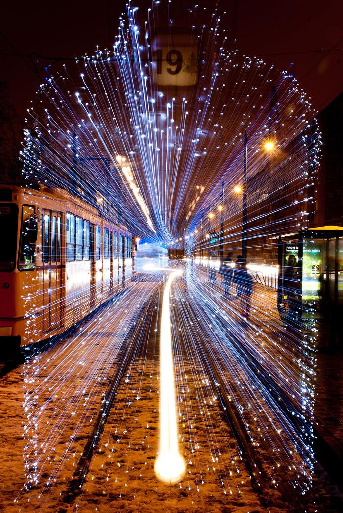 Tranvía en Budapest cubierto con 30.000 LEDs