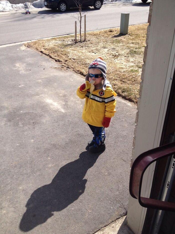 Este es Carter. Llamó a mi puerta, me pidió un plátano y se fue