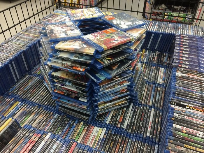 The Overnight Cashier At Walmart Has Too Much Down Time