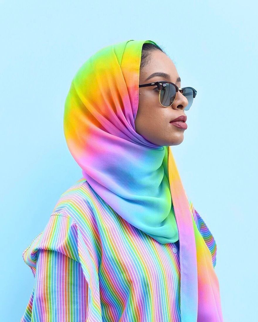 New York Artist Covers Everything In Rainbow Colors Gets Amazing Results.