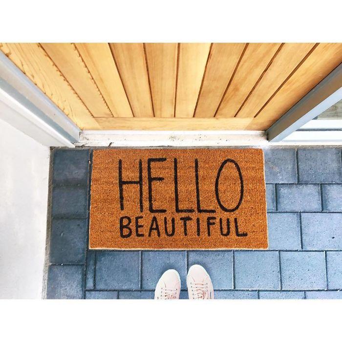 It's Talking To You Beautiful! ⭐️🌸💋