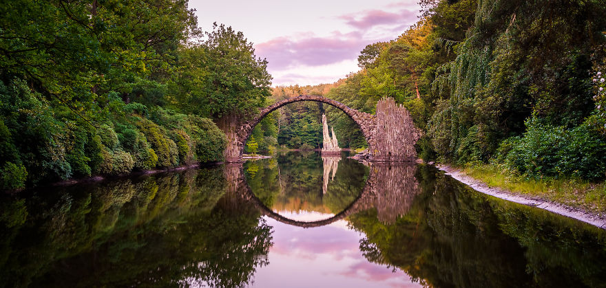 I Found This Amazing Bridge That Creates An Optical Illusion