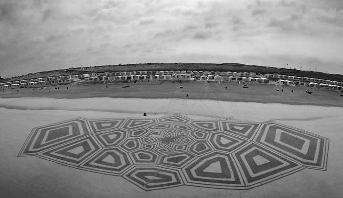 Dutch Beach Art
