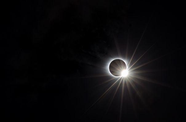 Eclipse-2017-pic-59a1fd3163e22.jpg