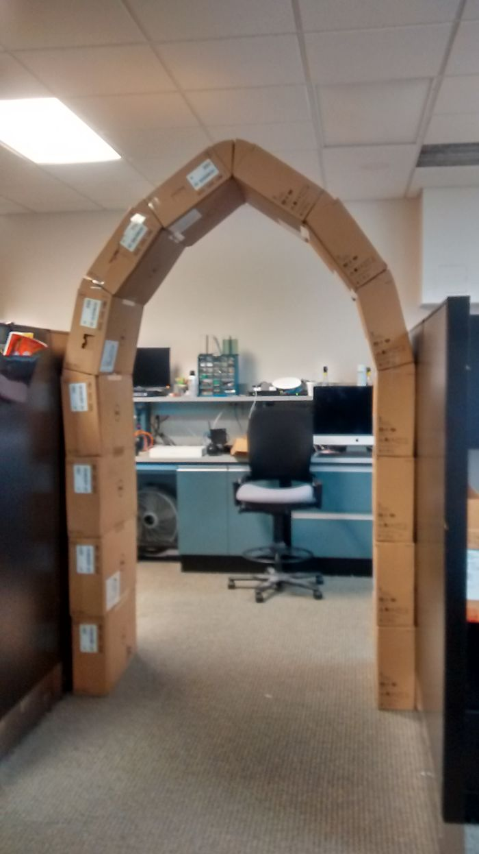 Bored At Work, Arch From Empty Monitor Boxes