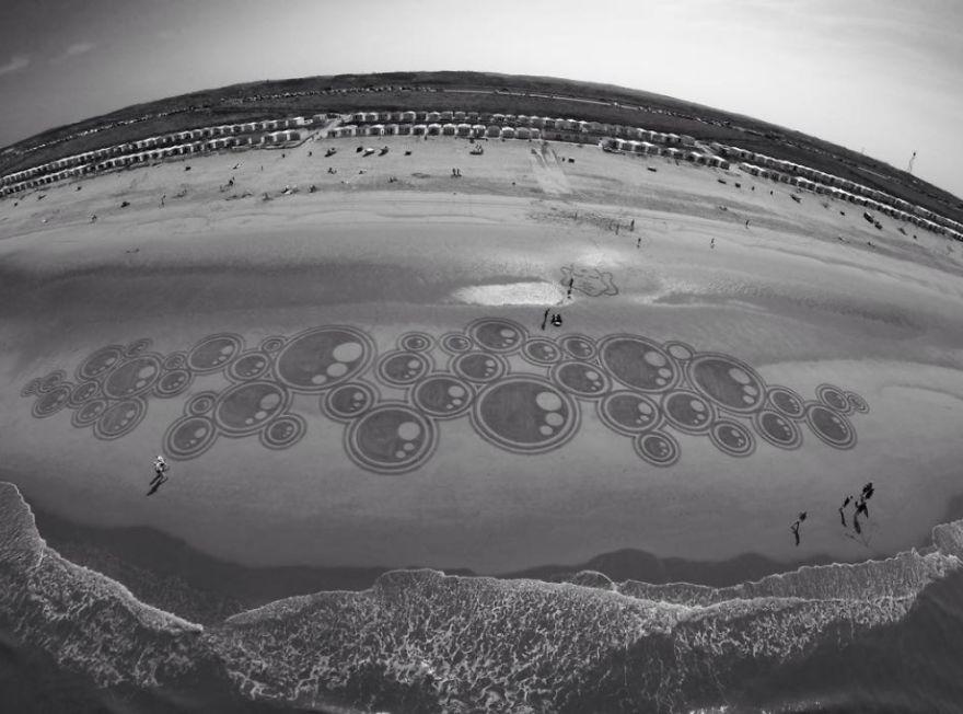 Dutch Beach Art