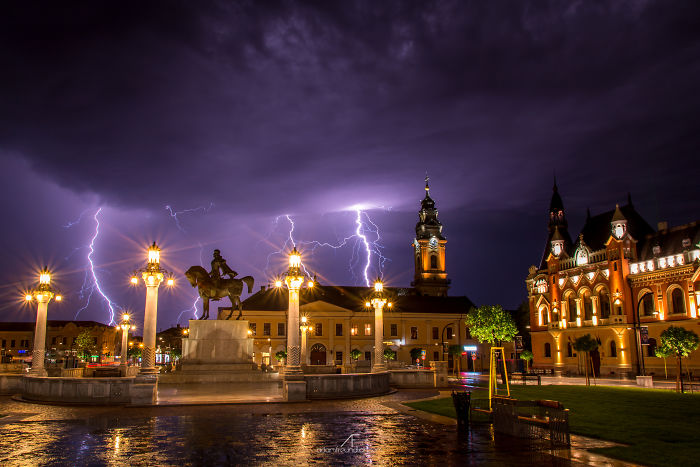 I've Spent 2 Years Photographing Thunderstorms In My Hometown Of Oradea, Romania