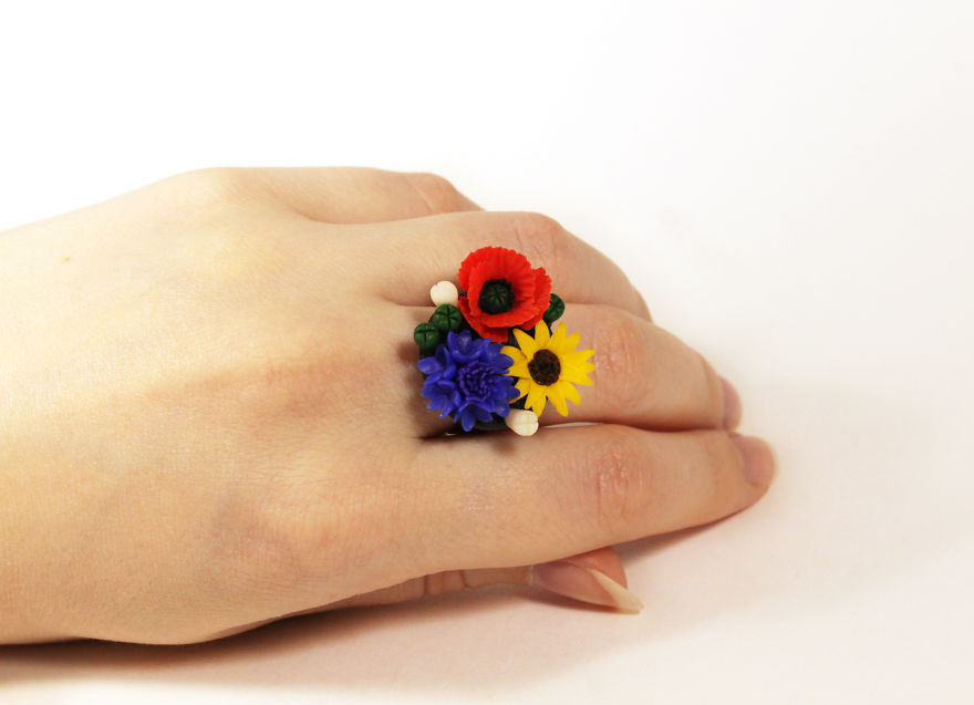 Ring With Poppy, Cornflower And Sunflower