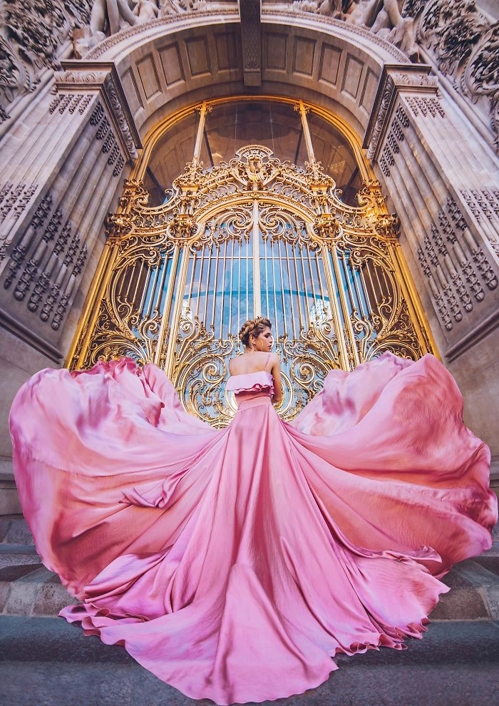 Petit Palais, Paris, France. Model: Vera Brezhneva