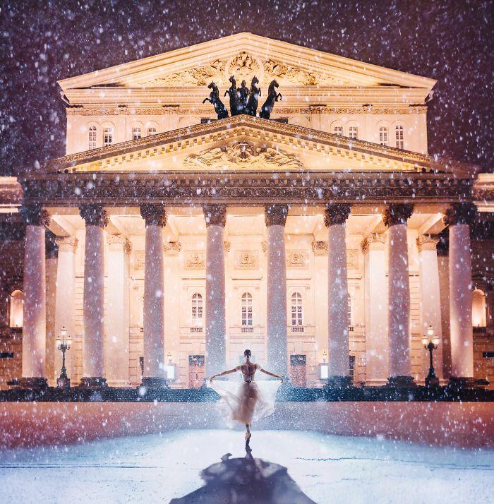 Teatro Bolshoi, Moscú, Rusia. Modelo: Darian