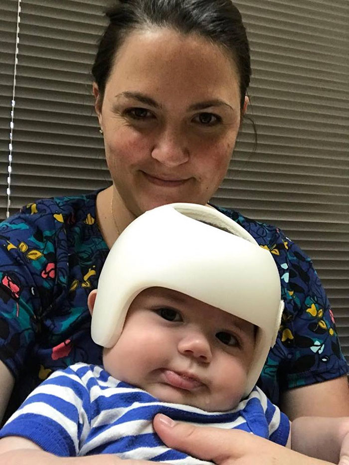 family-wear-helmets-solidarity-baby-jonas-gutierrez-6