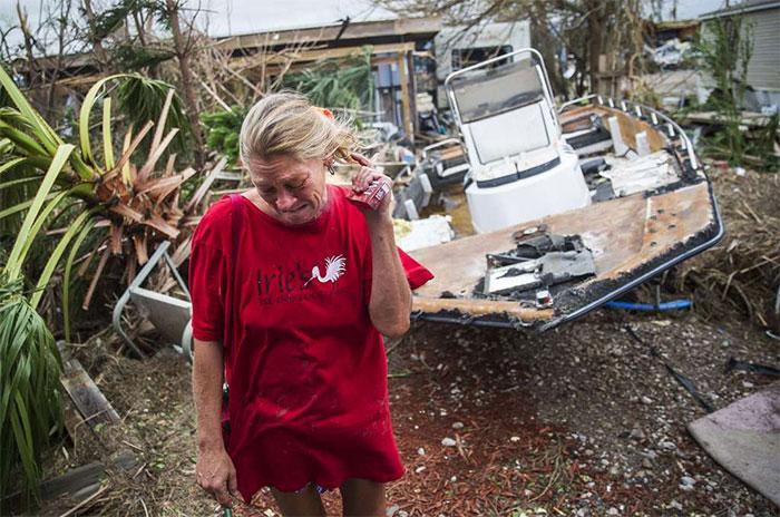 Melani Zurawski Cries While Inspecting Her Home In Port Aransas